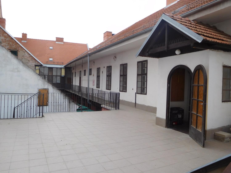 Klubovna Mendlovo náměstí